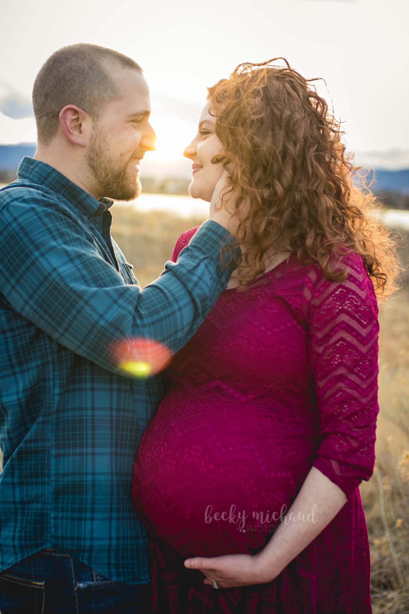 maternity photo taken by Becky Michaud, Northern Colorado photographer